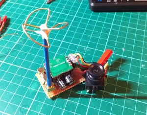 light FPV cloverleaf antenna