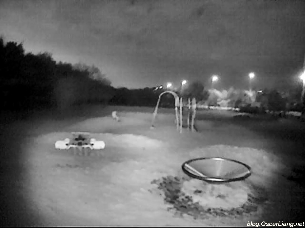 flying-fpv-night-dark-IR-light-led-playground