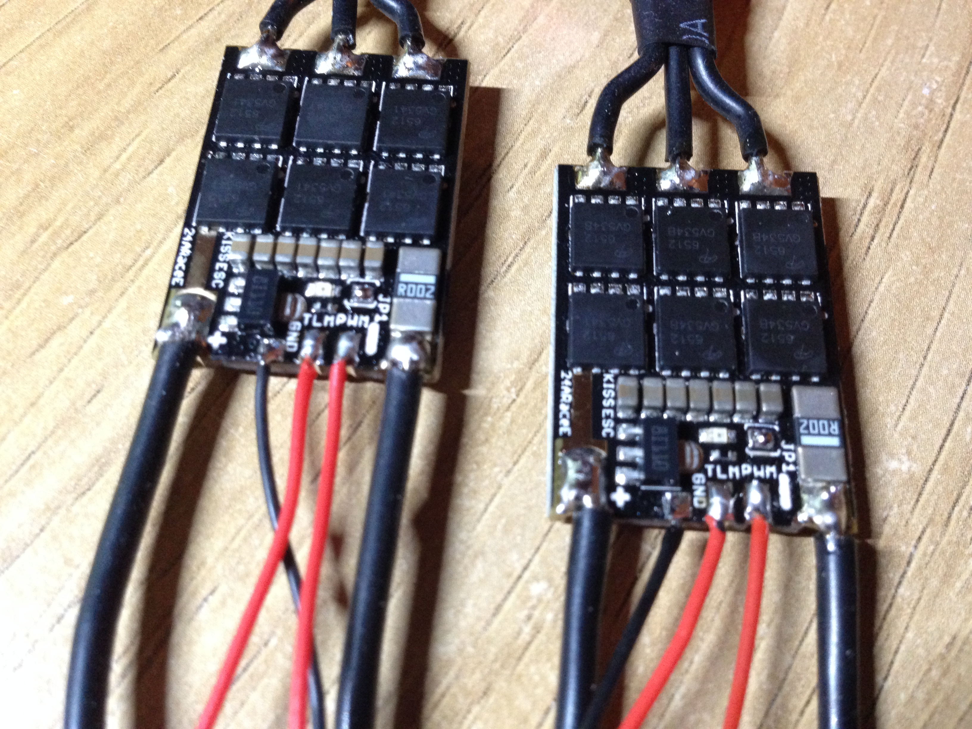kiss 24a esc wires soldered demonrc nox5 210 mini quad frame oscar liang Brushless ESC Wiring-Diagram at crackthecode.co