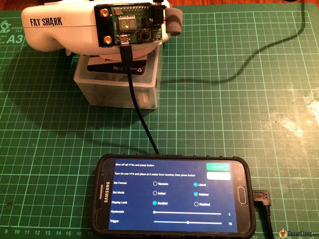 DM Model Diversity Receiver Module for Dominator Goggles-usb cable connected to tablet phone app