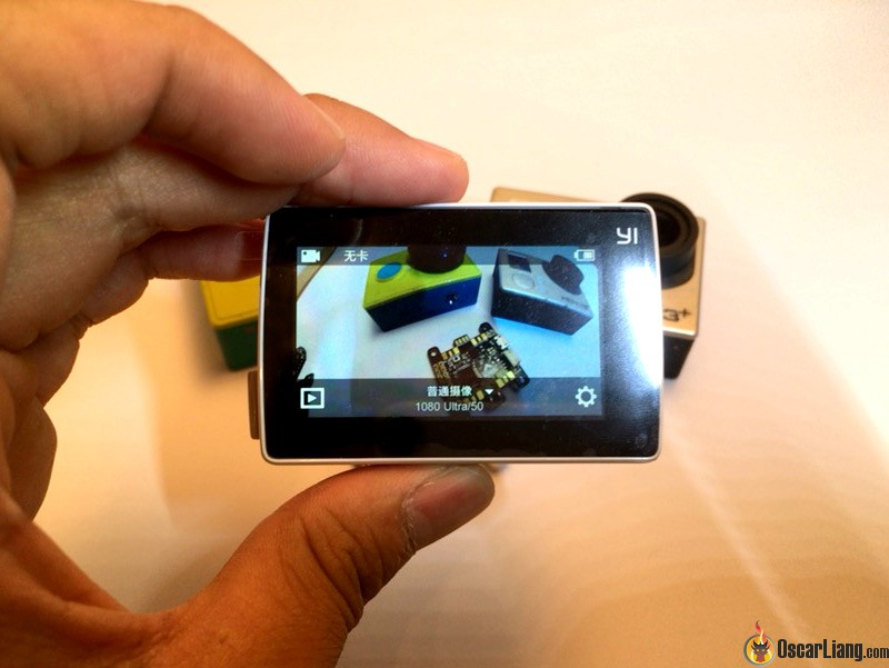 Xiaomi-yi-4k camera compare old gopro back lcd screen on