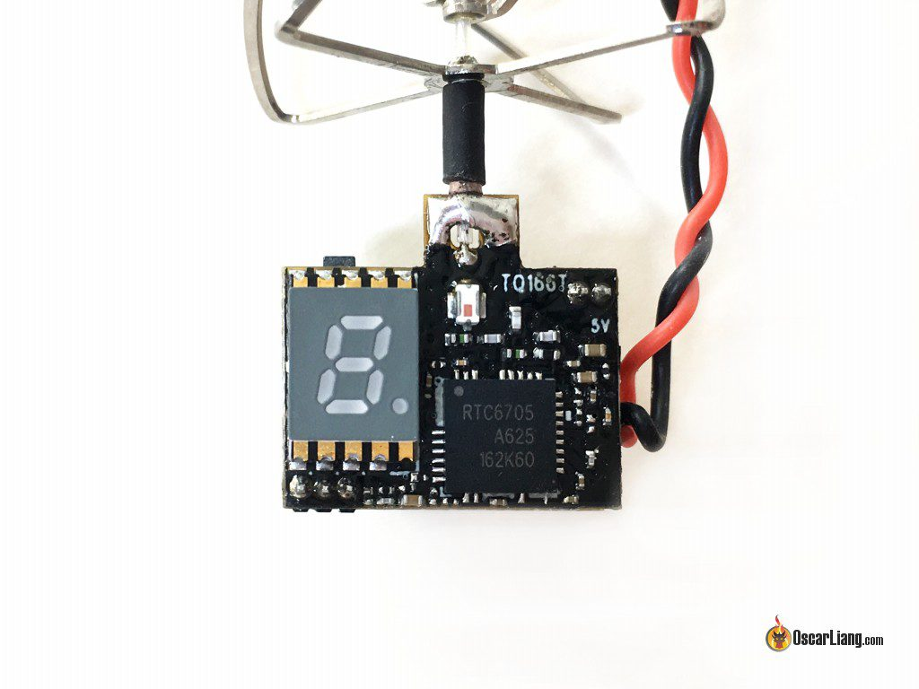 eachine-tx01-25mw-vtx-camera-back-close-up
