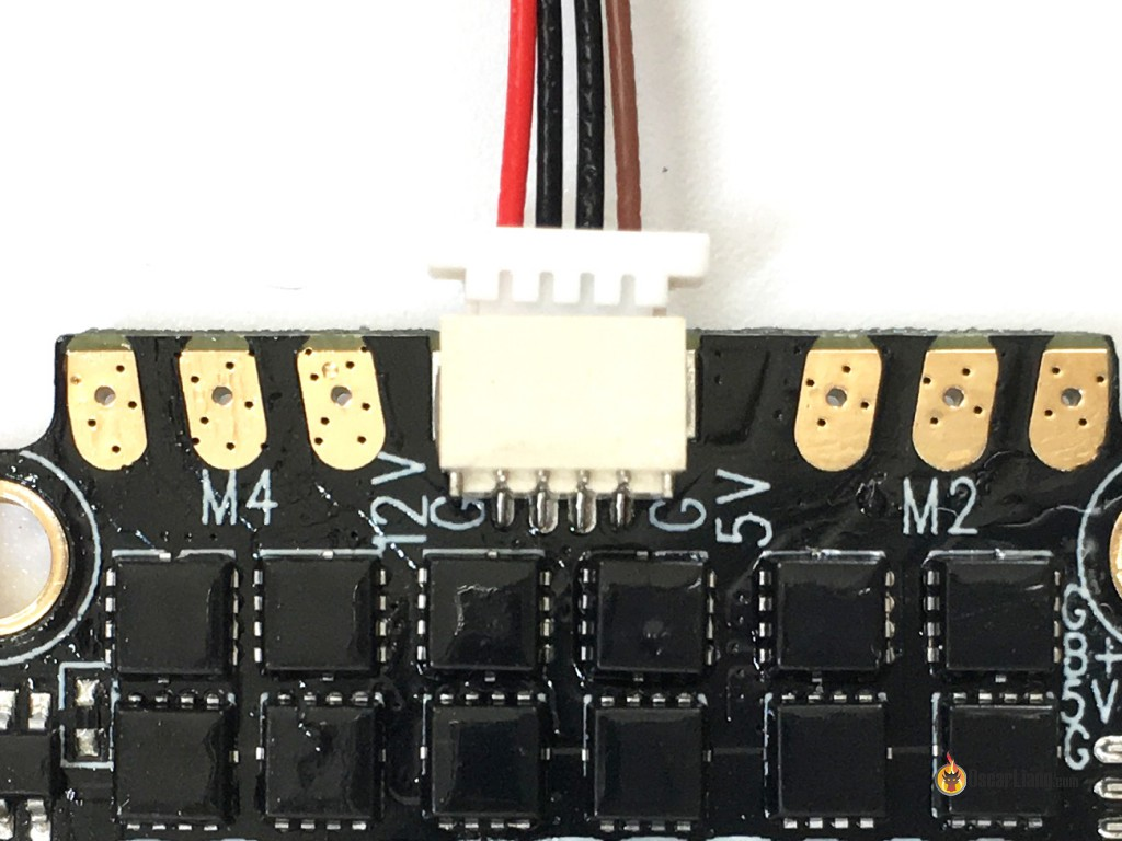 Dys 4in1 F20a Esc Overview Oscar Liang Bec Video Wire Diagram Looks Like The Components Are Coated With Waterproof Material Note That There Is Also A 10 Pin Black Connector I Believe It Would Be Used To Stack Fc On